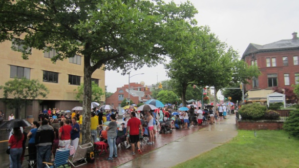 A good crowd for the parade even though the rain was coming down