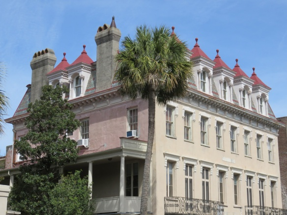 Confederate Veterans Home damaged by the earthquake